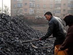 Китай не откроет новые угольные шахты до 2019